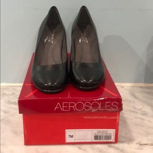 Aerosols black pumps size 7